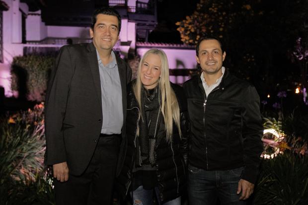 Andrés Veloza, Alina Vallejo y Manuel Garavito, directivos de NBC Universal.