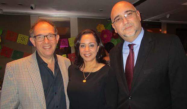 De izquierda a derecha: Alberto Rolnik Presidente de la Junta Directiva de Hoteles Bogotá Plaza; María Patricia Guzmán Directora de Cotelco y Jorge Venegas Gerente de Hoteles Bogotá Plaza.